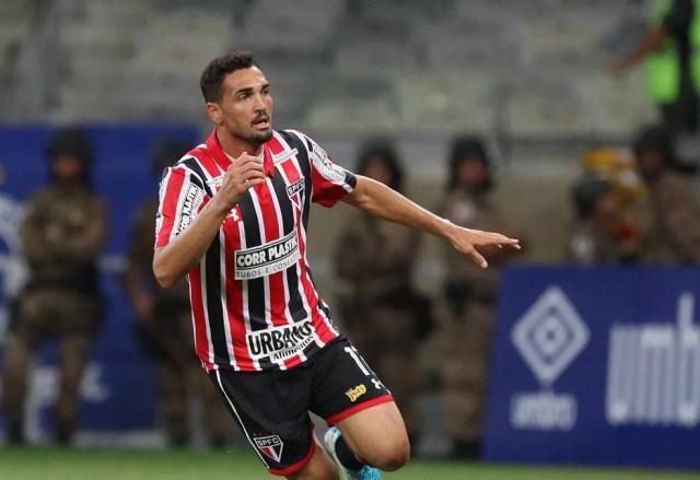 Gilberto é o artilheiro do São Paulo na temporada (Foto: Rubens Chiri / saopaulofc.net)