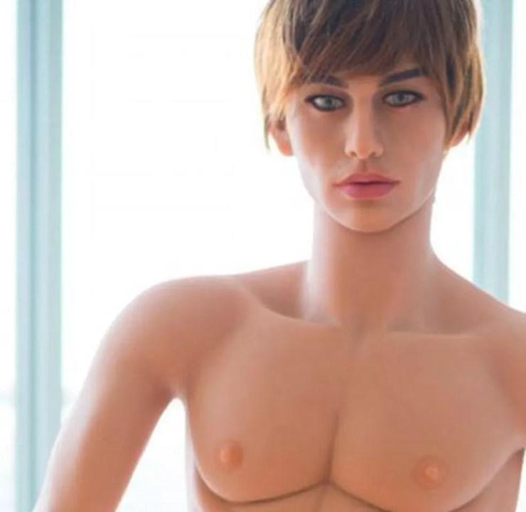 Sexbot inspirado em Justin Bieber (Foto: Reprodução/ AliExpress)