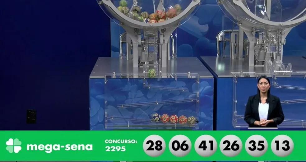 Concurso 2.295 da Mega-Sena: dezenas sorteadas — Foto: Reprodução
