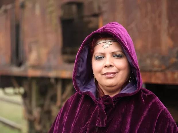 Mais uma bruxa que vai participar do evento (Foto: Glauco Araújo/G1)