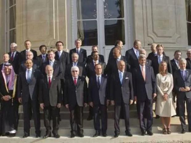 Coalizão reúne países ocidentais e árabes  (Foto: AFP)