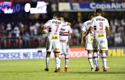 Time vem de três vitórias, a mais recente delas sobre o Bragantino (Foto: Marcos Ribolli)