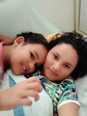 Elana, de 10 anos, luta contra a leucemia há seis anos (Foto: Arquivo pessoal)