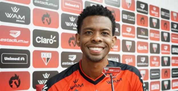 Moacir estava no Atlético-GO — Foto: Paulo Marcos / Atlético-GO