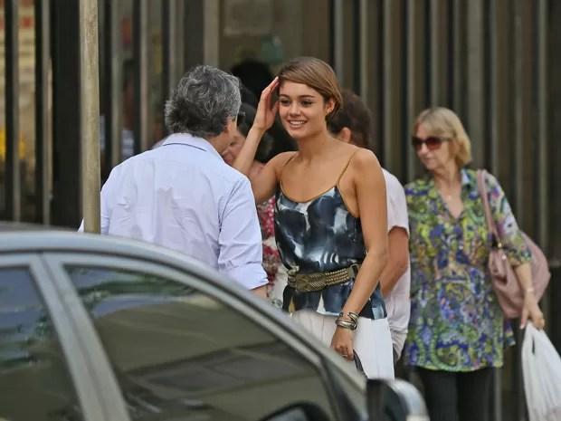 O empresário está encantado com a jovem (Foto: Isabella Pinheiro/Gshow)