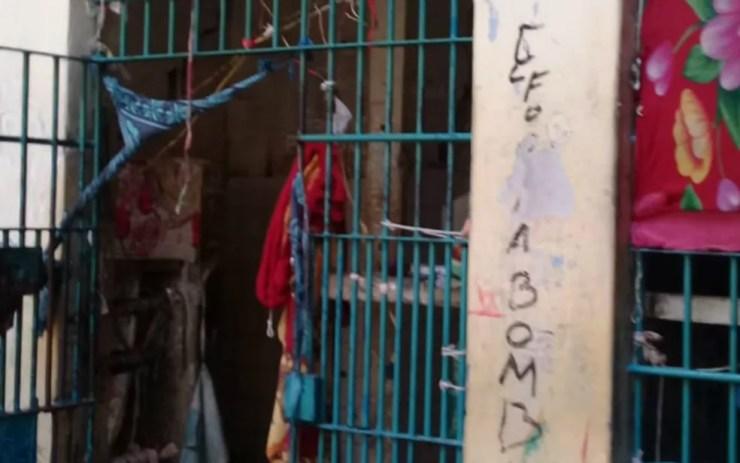 Algumas celas tiveram suas grades arrancadas (Foto: Divulgação/Polícia Civil)