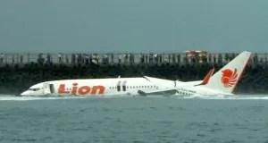 Avião que caiu em Bali (Foto: AFP)