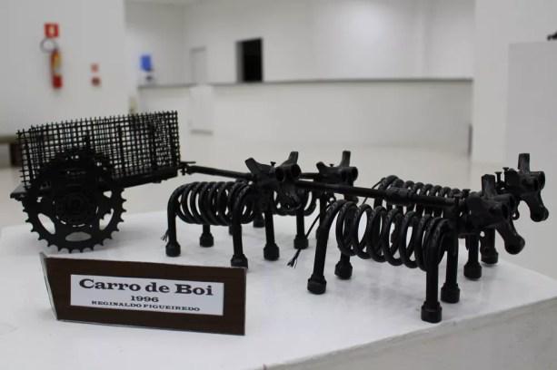 Esculturas montadas pelo artista chamam a atenção pelos detalhes de cada peça (Foto: Divulgação / Prefeitura Municipal)