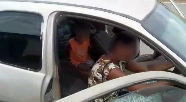 PRF apreende carro com 60 multas e 3 crianças sem cadeirinhas na BR-060 em Goiás (Foto: Divulgação/PRF)