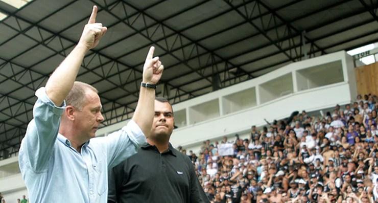 Mano Menezes, campeão da Série B pelo Corinthians, em 2008 — Foto: Agência/Agência Estado