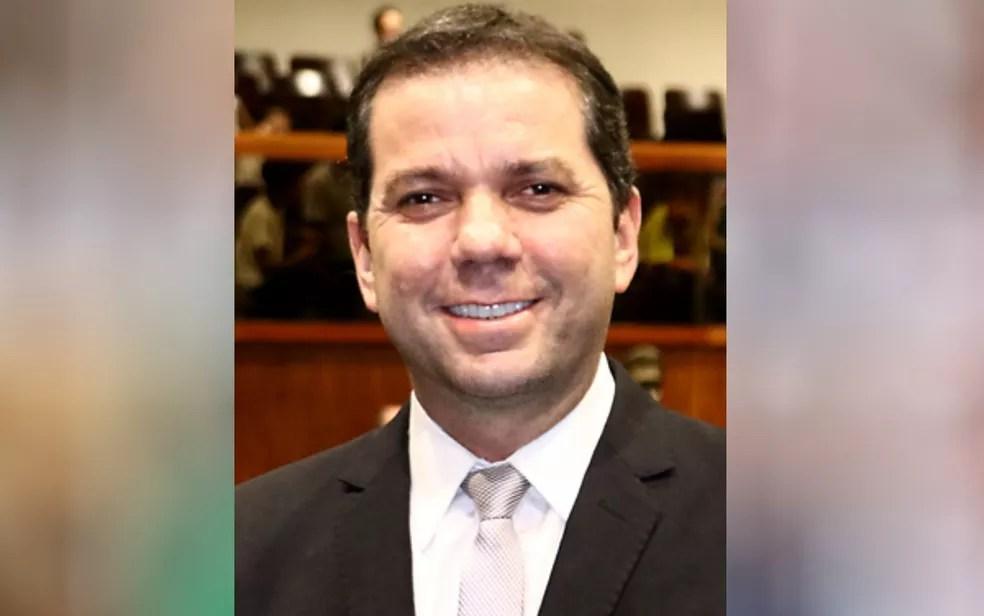 Alysson Lima é candidato a prefeito pelo partido Solidariedade Goiás — Foto: Reprodução/Facebook