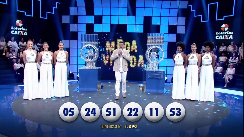 Sorteio da Mega da Virada 2016 (Foto: Reprodução/TV Globo)