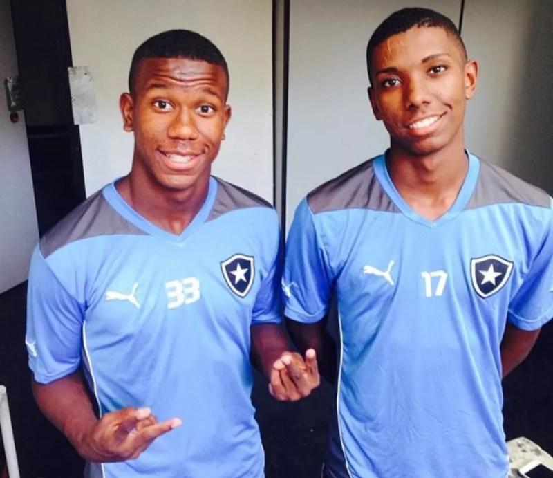 Ribamar e Kanu, atacantes na base do Botafogo — Foto: Arquivo pessoal
