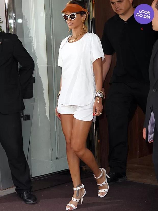 Resultado de imagem para Rihanna looks dia