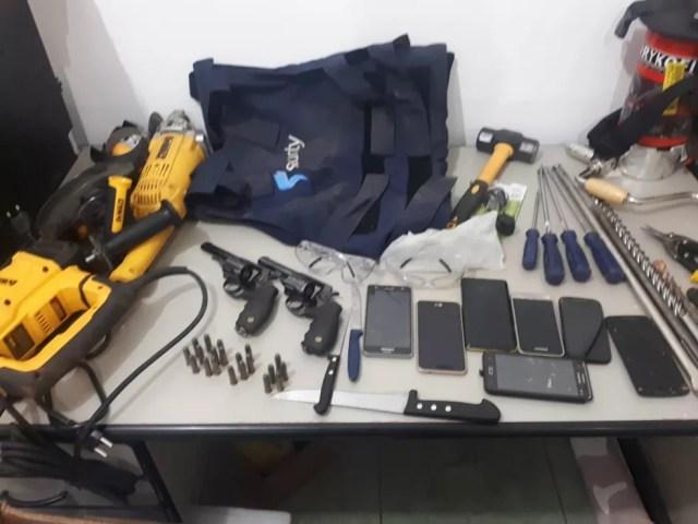 Material recuperado pela polícia (Foto: PM-MT/Assessoria)
