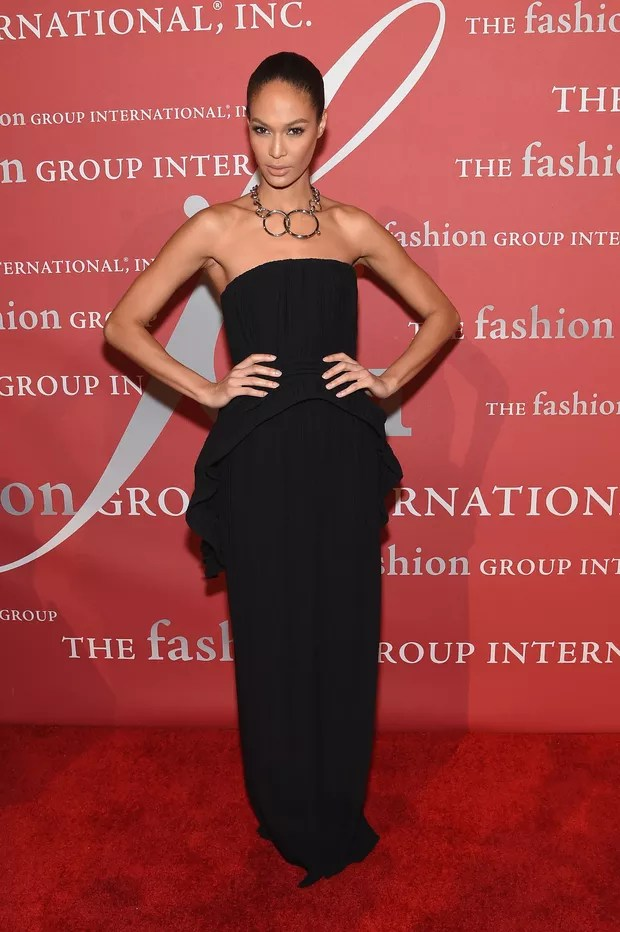 Joan Smalls em festa em Nova York, nos Estados Unidos (Foto: Jamie McCarthy/ Getty Images/ AFP)