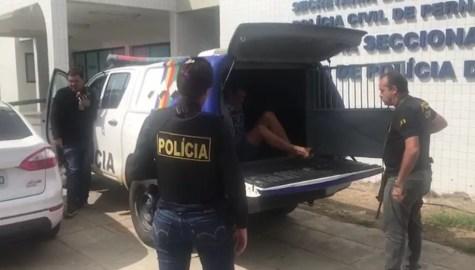 Mandados de prisão são cumpridos durante Operação Fulnio-ô (Foto: Divulgação/ PC-PE)