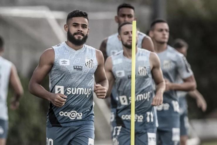 Felipe Jonatan no treino do Santos — Foto: Ivan Storti/Santos FC