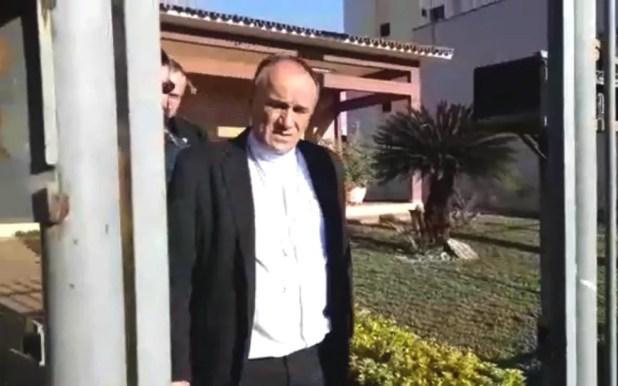 Bispo de Formosa, Dom José Ronaldo, foi preso durante operação do MP (Foto: MP-GO/Divulgação)