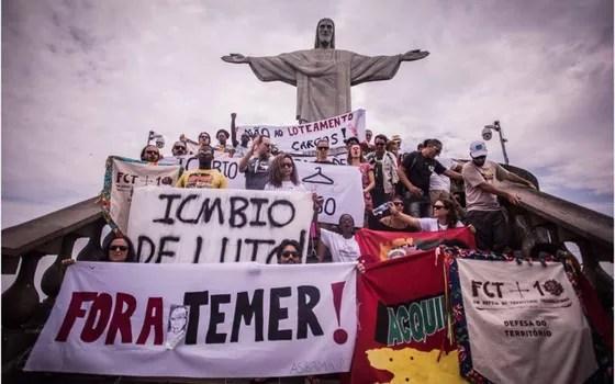 """Servidores do ICMBio e outros ambientalistas fecharam o Corcovado para protestar contra o que afirmam ser um """"loteamento político"""" do órgão (Foto: Divulgação/Asibama-RJ)"""