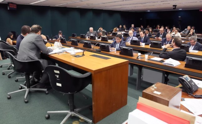 Deputados reunidos no Conselho de Ética da Câmara — Foto: Claudio Andrade/Câmara dos Deputados