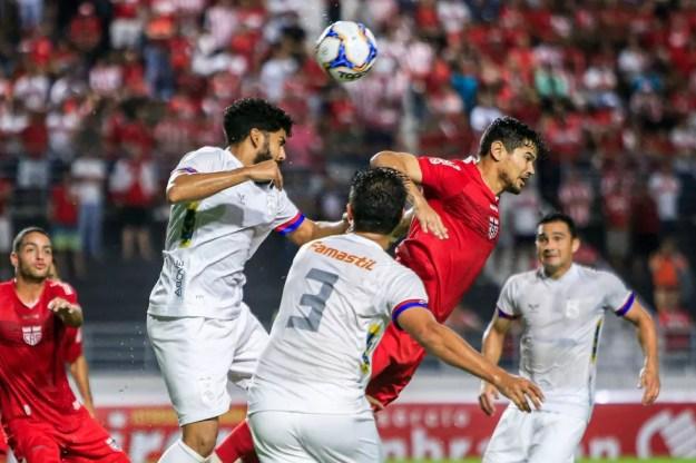 CRB e Paraná se enfrentaram pelo Brasileiro de 2019 — Foto: Ailton Cruz - Gazeta de Alagoas