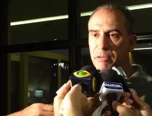marcio márcio bolzoni médico do grêmio kleber gladiador (Foto: Lucas Rizzatti/Globoesporte.com)