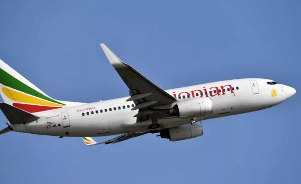 Imagem de 28 de novembro de 2017 de uma Boeing 737-700 da Ethiopian Airline — Foto: Arquivo / Issouf Sanogo / AFP Photo
