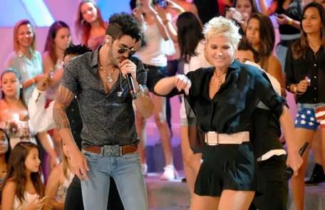 "With Gustavo Lima at ""Xuxa TV"", in 2013, his last attraction on Globo Divulgação"