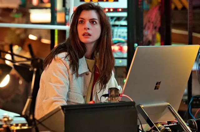 Anne Hathaway in 'Solos' (Photo: Amazon Prime Video)
