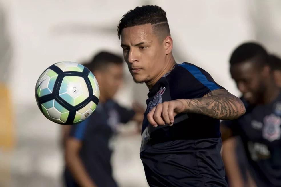 Guilherme Arana é titular do Corinthians e tem apenas 20 anos (Foto: Daniel Augusto Jr/Ag Corinthians)