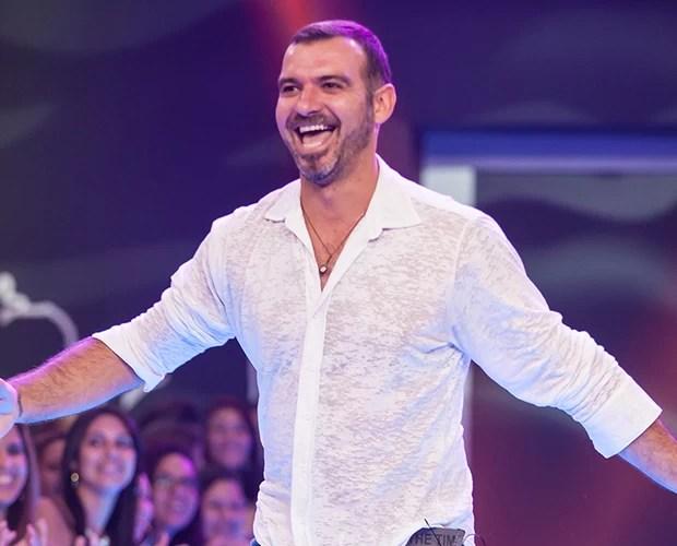 Eliminação Vagner palco (Foto: Fabiano Battaglin / TV Globo)