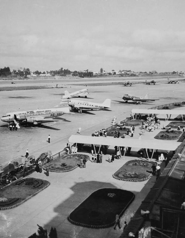 Fotografia do Aeroporto de Congonhas na década 50 (Foto: Fotolabor/Divulgação)