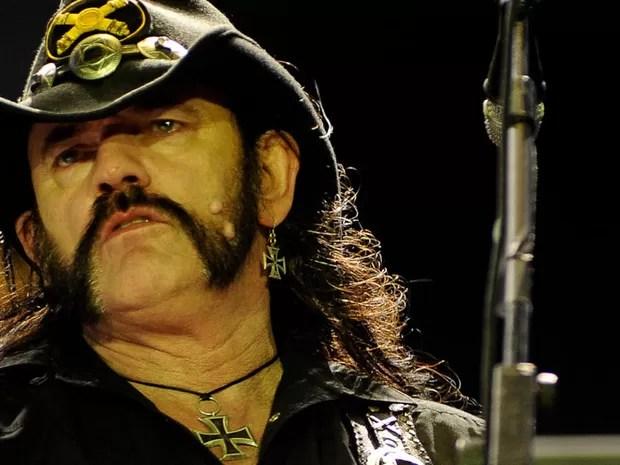 Sexagenário Lemmy ainda mostra muita disposição no palco (Foto: Flavio Moraes/G1)