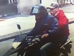 Câmera flagrou suspeitos em motocicleta em Higienópolis (Foto: Divulgação)