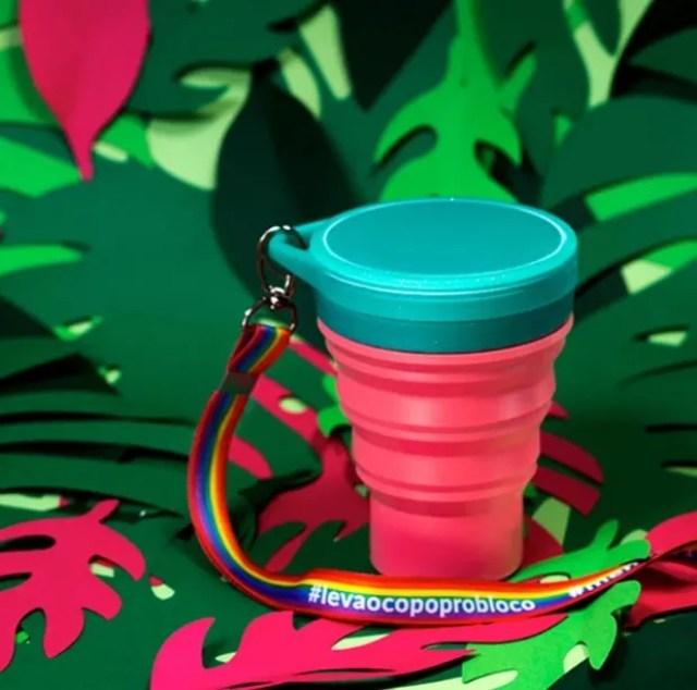 Coleção de copos retráteis e reutilizável da Menos 1 Lixo para o Carnaval (Foto: Divulgação)