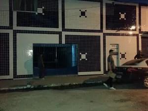 Polícia Civil faz operação em Belford Roxo, na Baixada Fluminense. (Foto: Renata Soares/G1)