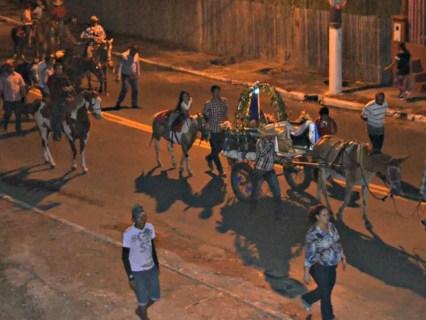 Cowboys também fizeram homenagem à Nossa Senhora Aparecida na segunda maior cidade do Acre (Foto: Adelcimar Carvalho/G1)
