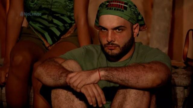 Mahmoud recebe cinco votos da tribo Calango — Foto: Globo