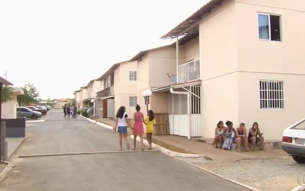 Moradores de apartamentos estão sem água há mais de uma semana em Goiânia (Foto: Reprodução/TV Anhanguera)