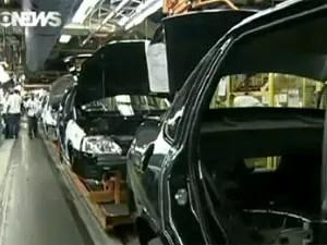 produção de veículos fábrica carros (Foto: Reprodução/Globo News)