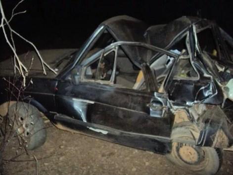 Carro ficou destruído após acidente na BR-316, próximo a Parnamirim (Foto: Divulgação / PRF)