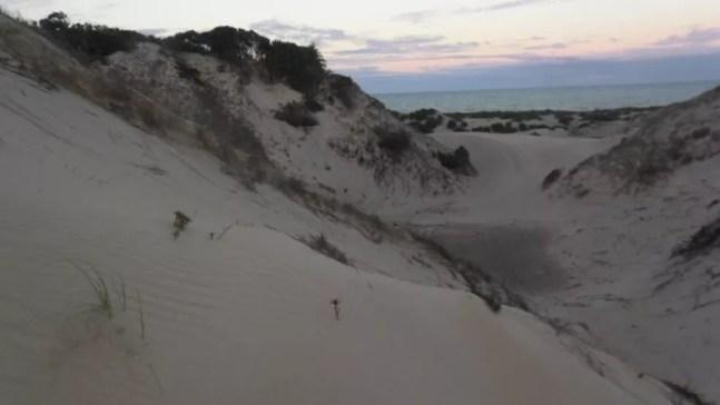 As dunas de Itaúnas chegam a mais de 30 metros de altura — Foto: Nery Contti Neto/ Arquivo Pessoal