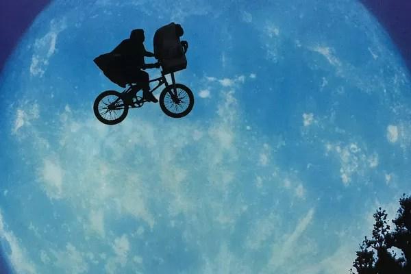 Ator revela detalhes de final alternativo de 'E.T.' - Monet | Filmes
