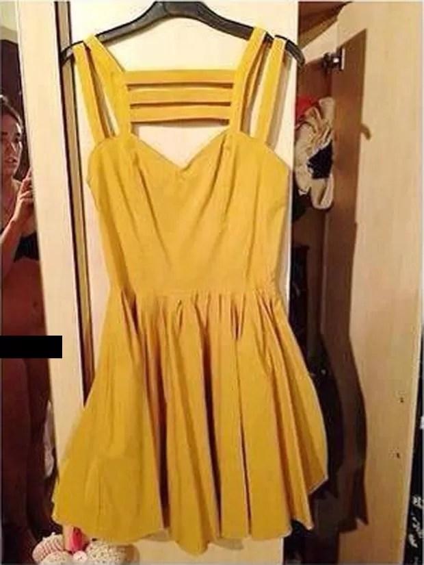 Mulher aparece sem calcinha ao tirar foto para anúncio de vestido (Foto: Reprodução)