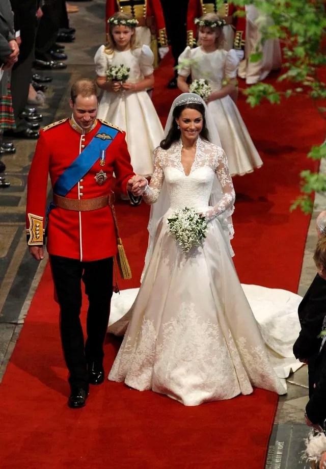 Kate Middleton em seu casamento com o Príncipe William, de Alexander McQueen (Foto: Getty Images)