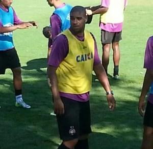 Adriano Imperador CT do Caju Atlético-PR (Foto: Jairton Conceição)