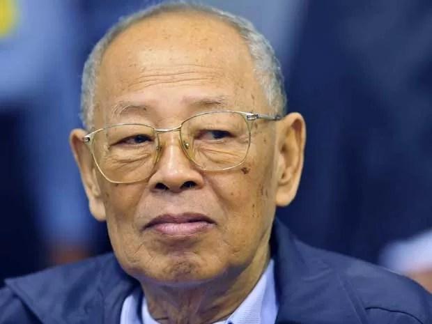 Resultado de imagem para khmer vermelho funeral fotos