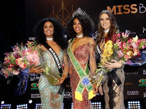 Deise D'anne, do Maranhão, Raissa Santana, do Paraná, e Danielle Marion, do Rio Grande do Norte, no Miss Brasil 2016 em São Paulo (Foto: Celso Tavares/ EGO)