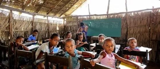 Escola de taipa no interior do Maranhão  (Foto: Site Maranhão da Gente)